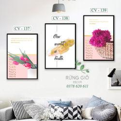 Khung tranh canvas hình hoa tím và chữ